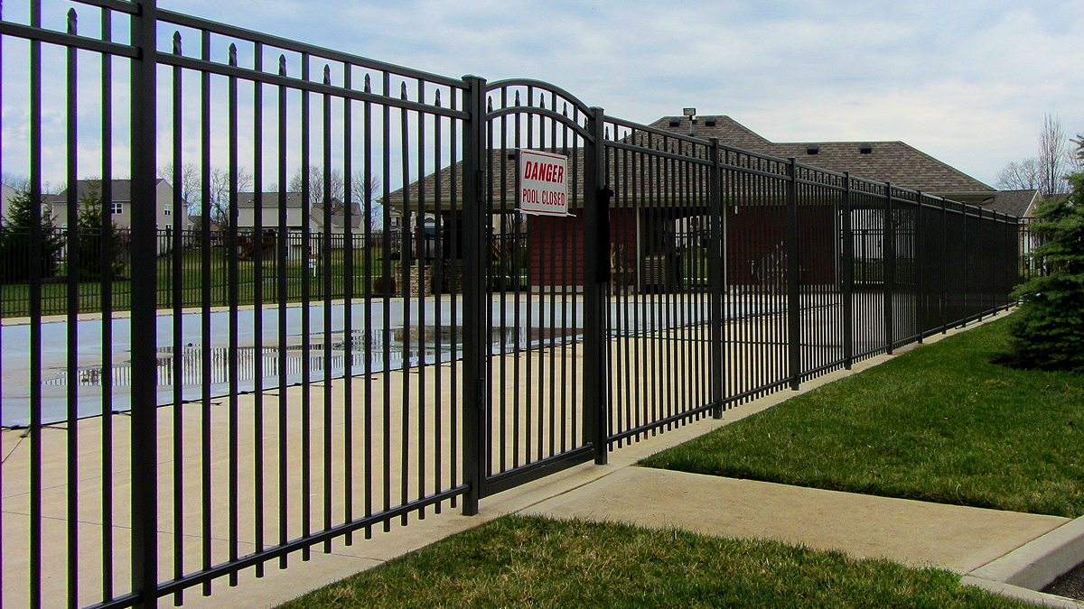 Aluminum fence fencing pool fences
