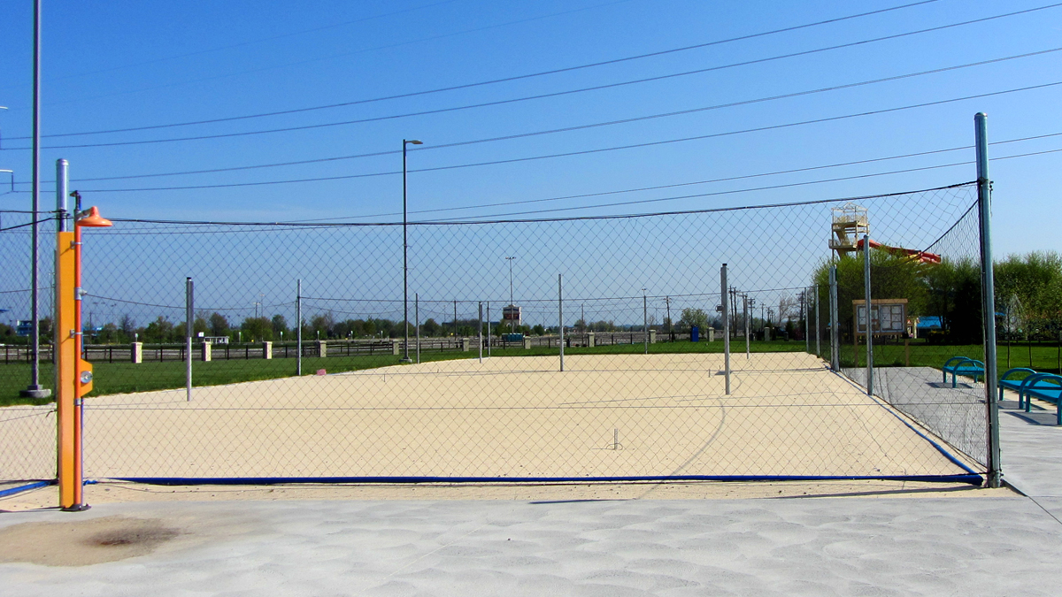 Customized, soft mesh fencing solution by Ashlee Fence.